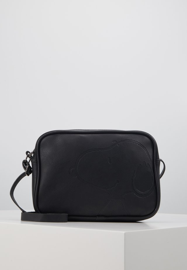 SHOULDER BAG SNOOPY STAY CLASSY - Torba na ramię - black