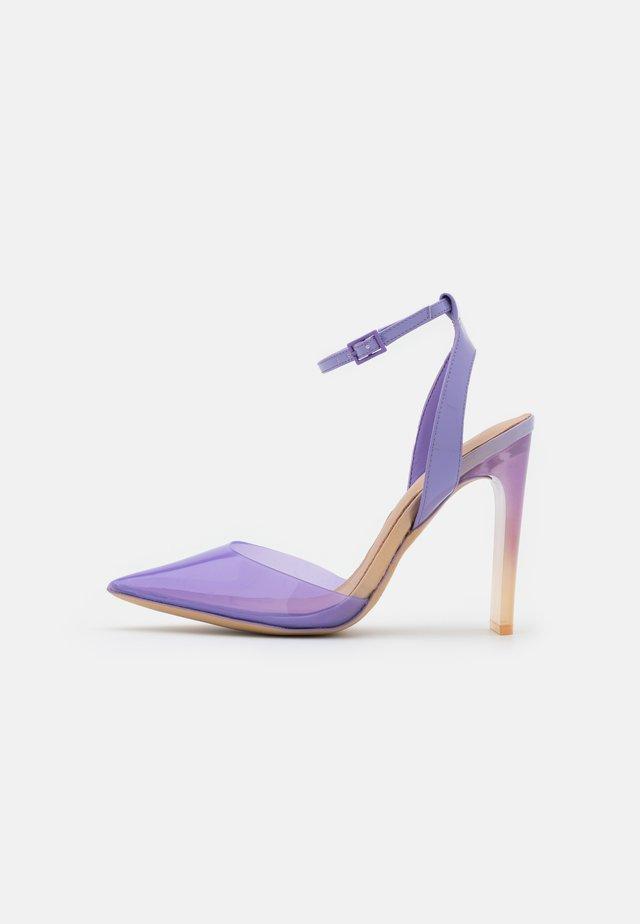 ARADDA - Czółenka - purple