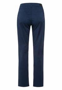 BRAX - STYLE CAROLA - Pantalon classique - indigo - 6