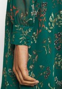 Vero Moda - VMJULIE SHORT DRESS - Kjole - atlantic deep - 5