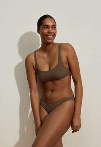 OYSHO - Bikini top - brown - 1