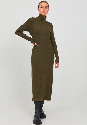 SARA - Jumper dress - grape leaf melange