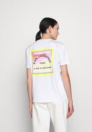 SURF PATCH - Print T-shirt - white