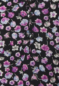 Pieces Petite - PCNYA SLIP BUTTON DRESS - Day dress - black - 2