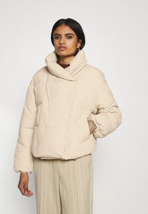 PCSAZEL SHORT PUFFER JACKET - Winter jacket - fog