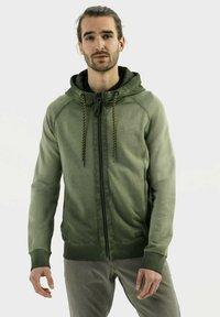 camel active - Zip-up sweatshirt - leaf green - 0