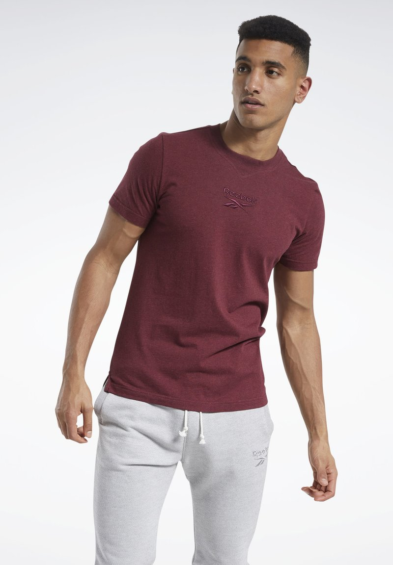 Reebok - TRAINING ESSENTIALS MÉLANGE T-SHIRT - Basic T-shirt - red