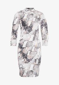 Gestuz - BARANGZ DRESS  - Vestido informal - powder - 3