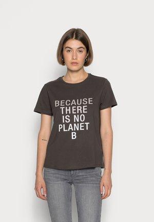 BECAUSALF WOMAN  - T-shirts print - asphalt