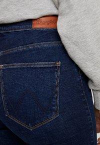Wrangler - HIGH RISE - Jeans Skinny - night blue - 3
