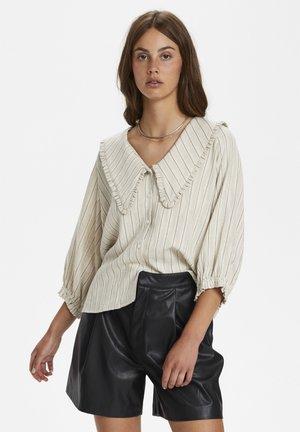 Button-down blouse - antique white