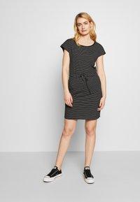 Vero Moda Tall - VMAPRIL SHORT DRESS 2 PACK - Jersey dress - black/snow - 3