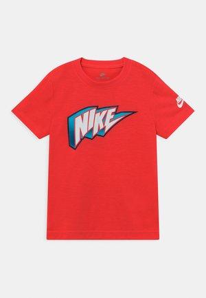 THUNDER BLOCK  - T-shirt imprimé - bright crimson
