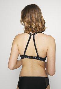 Freya - JEWEL COVE HIGH APEX  WITH HOOK - Bikini top - black - 3