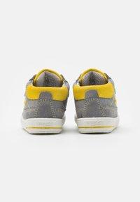 Superfit - MOPPY - Baby shoes - grau/gelb - 2
