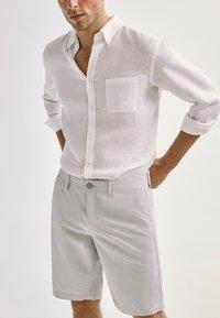 Massimo Dutti - Shorts - grey - 2