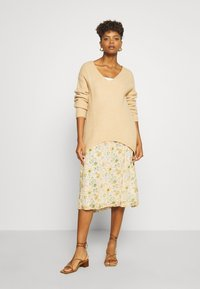 Leon & Harper - JACARA BOUQUET - A-line skirt - off white - 1
