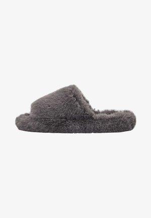 Kapcie - grey