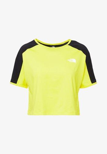 W ACTIVE TRAIL - Print T-shirt - lemon