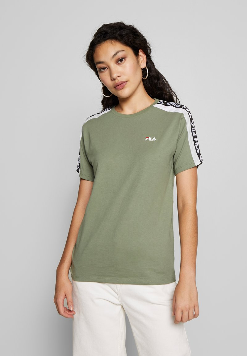 Fila Tall - TANDY TEE - Print T-shirt - sea spray/bright white