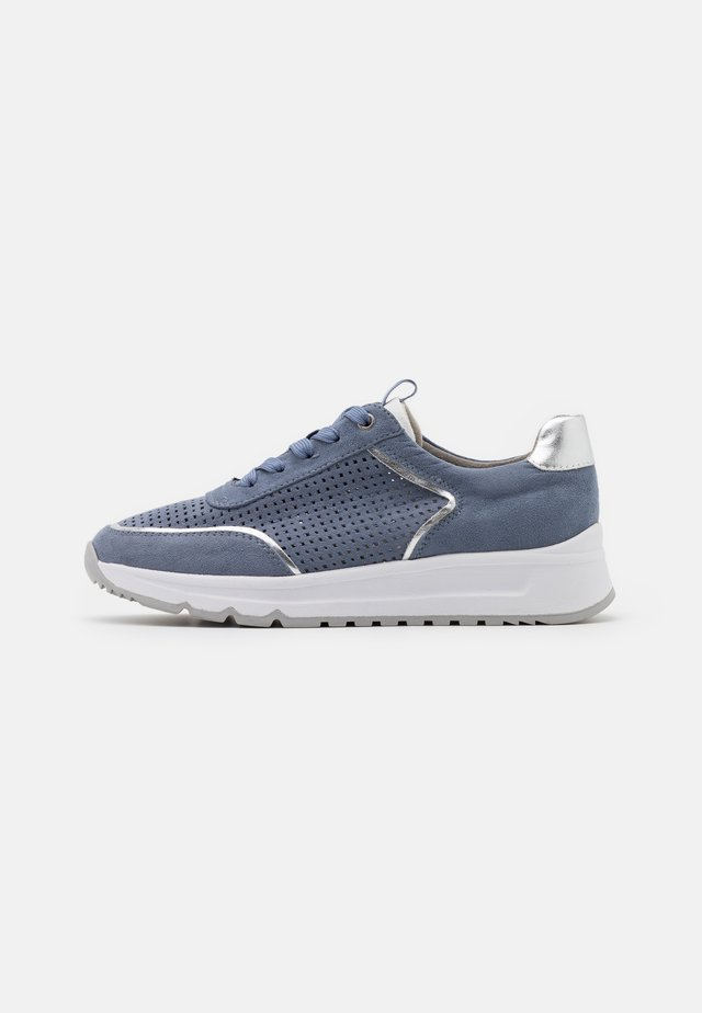 Sneakers basse - denim