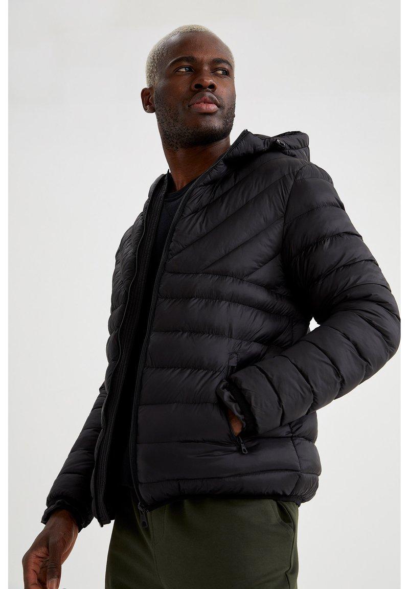 DeFacto Fit - Light jacket - black