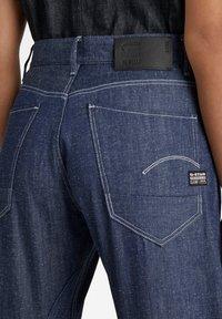 G-Star - ARC 3D BOYFRIEND - Slim fit jeans - raw denim - 3