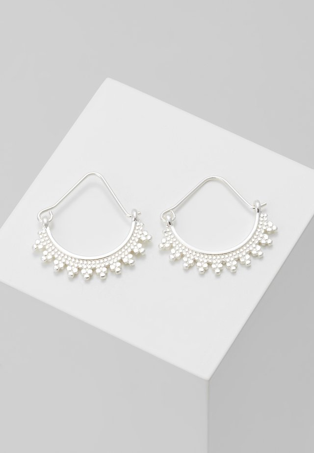 EARRINGS KIKU - Orecchini - silver-coloured