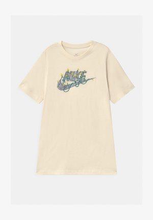 FUTURA UNISEX - Camiseta estampada - pure