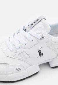 Polo Ralph Lauren - Baskets basses - white/black - 5