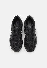 New Balance - MR530 - Sneakers basse - black - 5