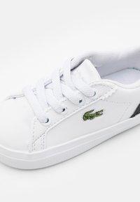 Lacoste - LEROND  - Tenisky - white/black - 5