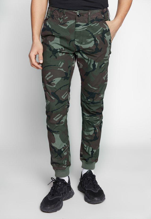 VETAR CUFFED SLIM - Spodnie materiałowe - wild rovic combat