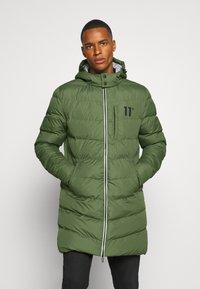 11 DEGREES - LONG LINE CHEVRON PUFFER - Winter coat - forest green - 0