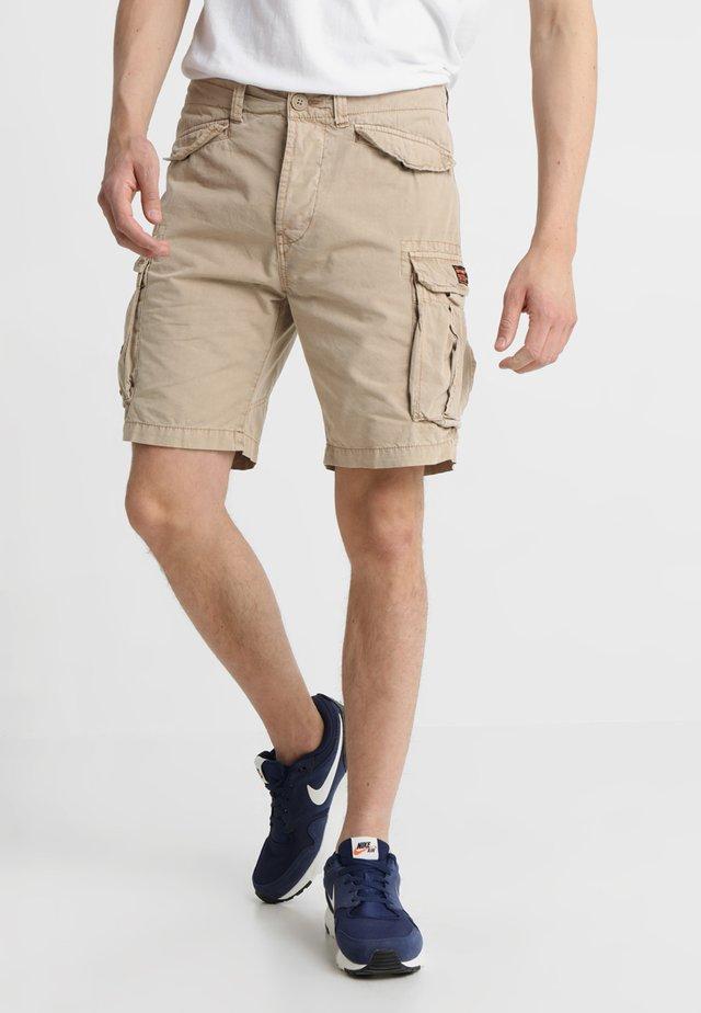 CORE LITE RIPSTOP CARGO - Shorts - corps beige