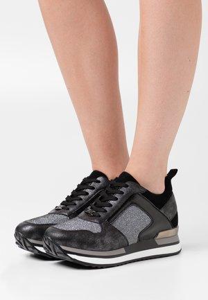 Zapatillas - dark silver