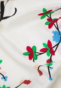 Polo Ralph Lauren - EMBELLISHED SCARF - Foulard - white/multi - 2