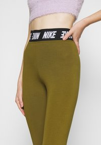 Nike Sportswear - CLUB  - Leggings - olive flak/white - 7