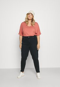 Calvin Klein Jeans Plus - HIGH RISE SKINNY ANKLE - Jeans Skinny Fit - denim black - 1
