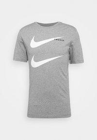 Nike Sportswear - TEE - Camiseta estampada - grey - 4