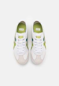 Onitsuka Tiger - MEXICO 66 UNISEX - Sneakers basse - white/herbal garden - 3