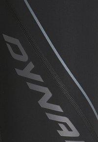 Dynafit - ALPINE - Pantaloncini 3/4 - black out - 5