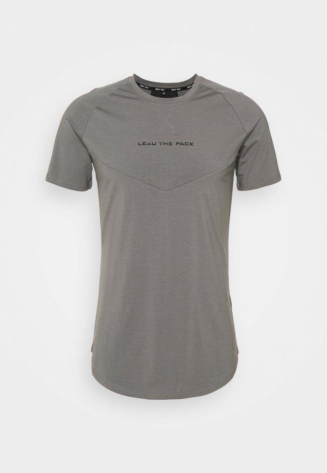 STATEMENT TEE - T-shirt print - stone