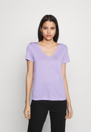 Basic T-shirt - lavender