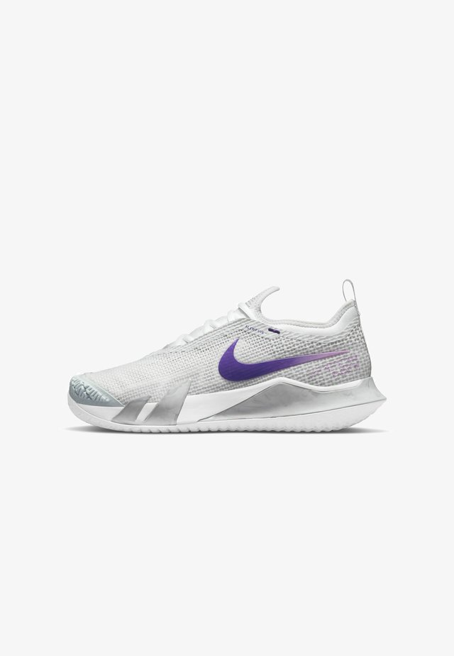 REACT VAPOR NXT - Chaussures de tennis toutes surfaces - grey, lilac, dark purple