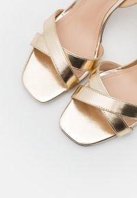 PARFOIS - Sandaler - gold - 5