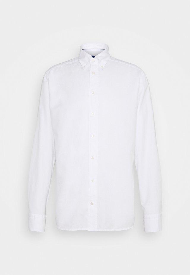 SLIM SOFT ROYAL SHIRT - Zakelijk overhemd - white