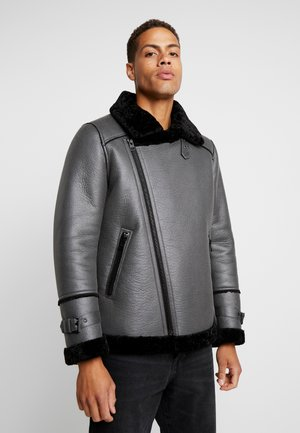 LEADER - Faux leather jacket - grey