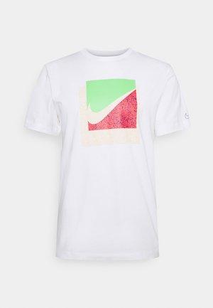 TEE BRANDRIFF BOX - Print T-shirt - white