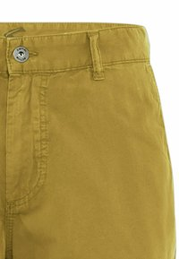 camel active - REGULAR FIT - Shorts - gold - 6